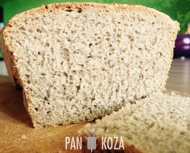 Prawie wiejski chleb małomiejski - z orzechami laskowymi