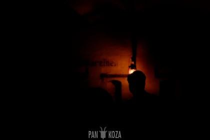 Noc w bunkrze